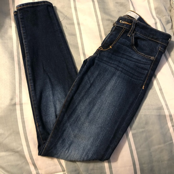 Abercrombie & Fitch Denim - Like New Abercrombie 0S Super Skinny